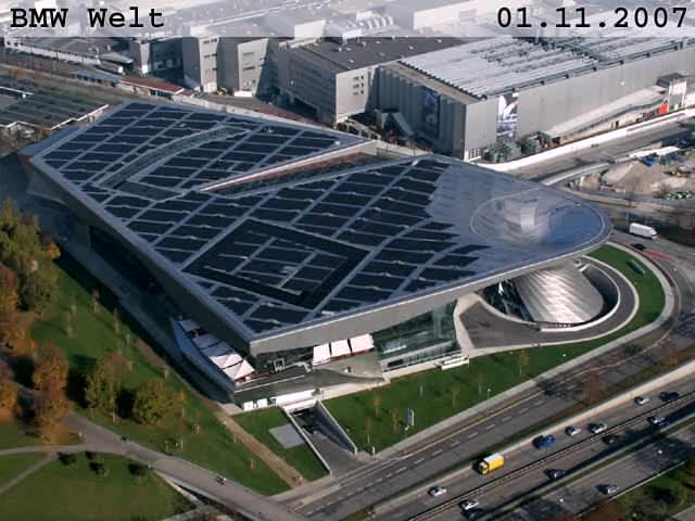 BMW Welt construction VGA.ogg
