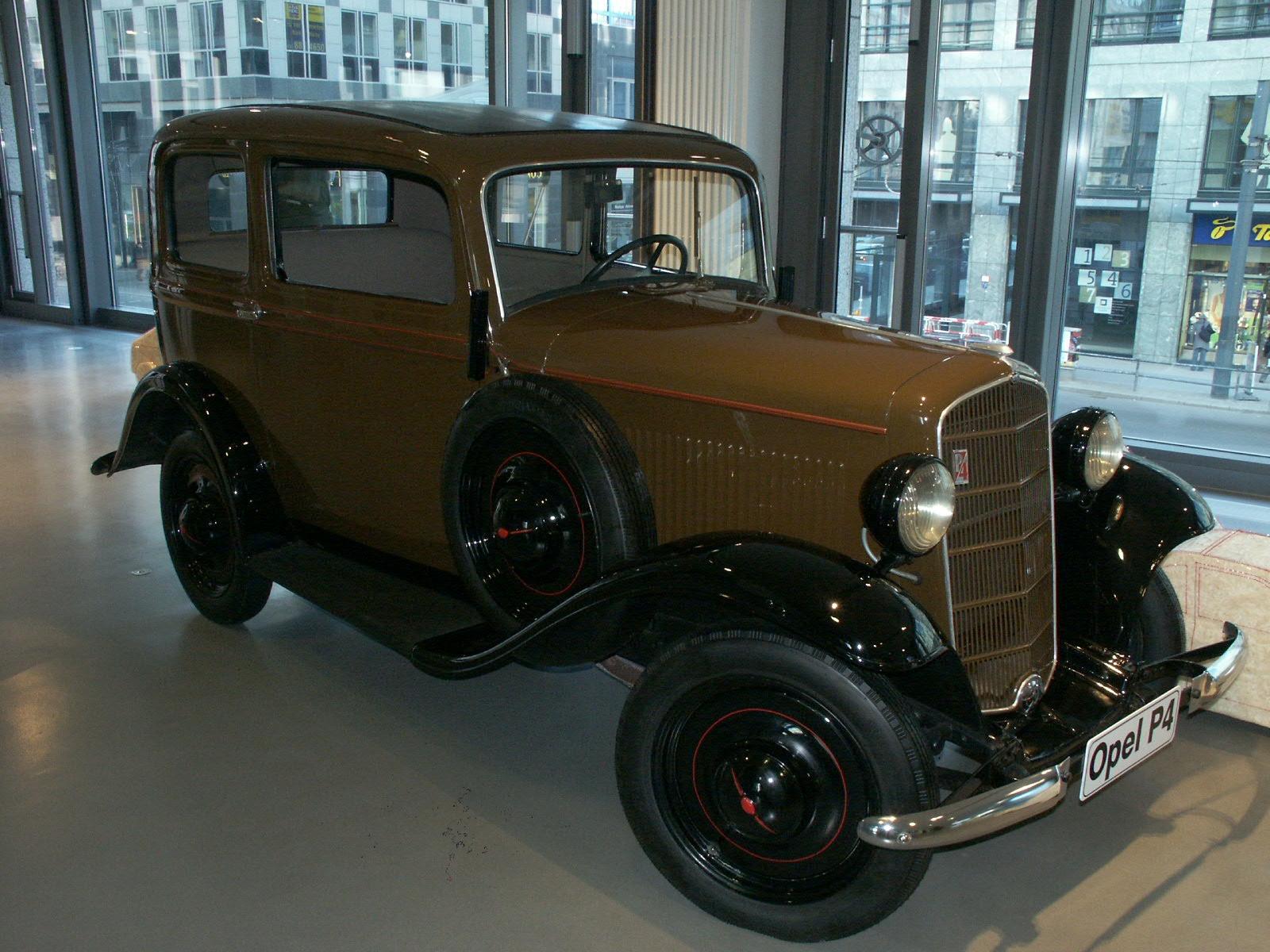 Opel P4 Spezial-Limousine (1935–1937)