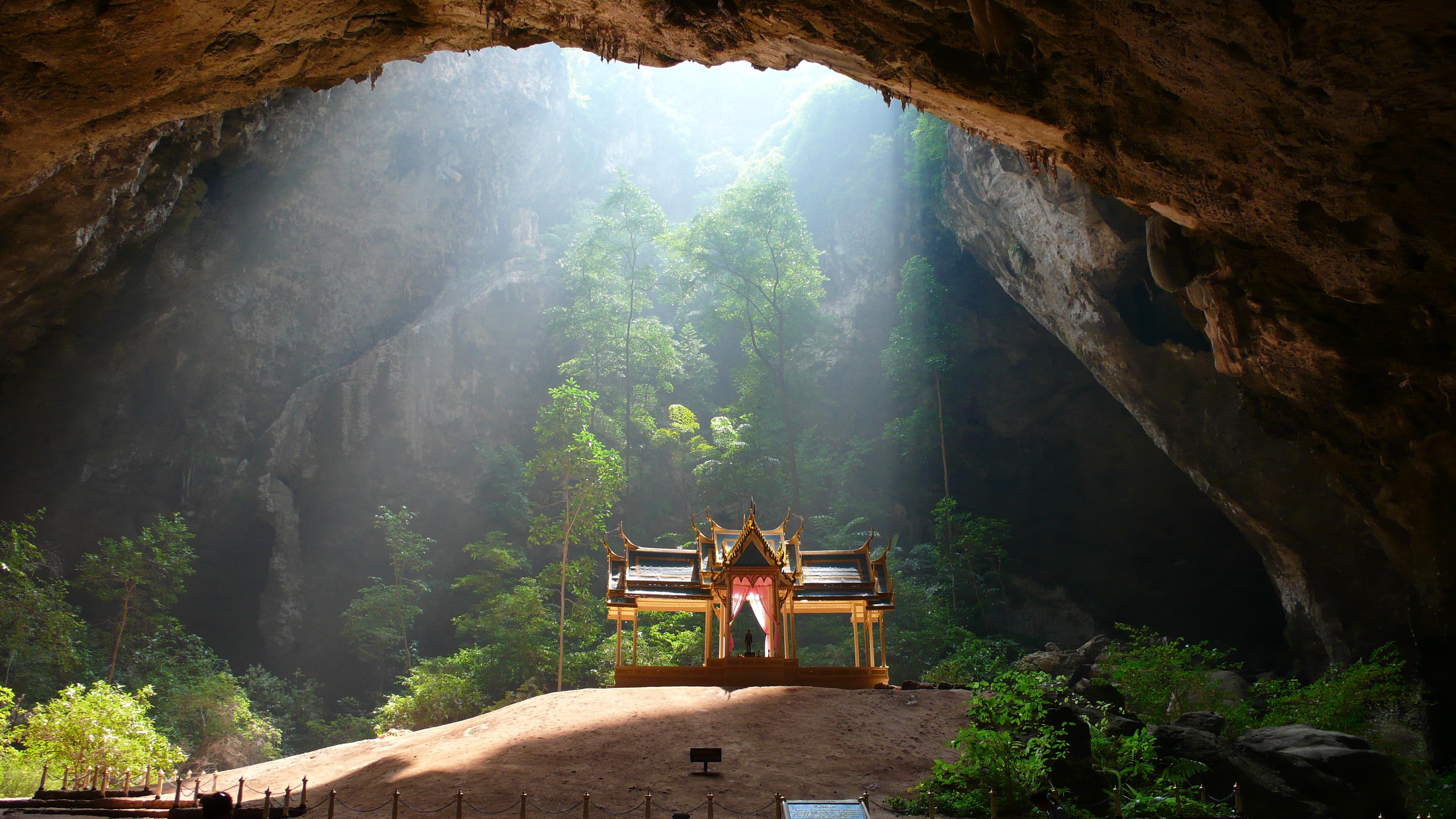 Фантастическое порно в пещере 8 фотография