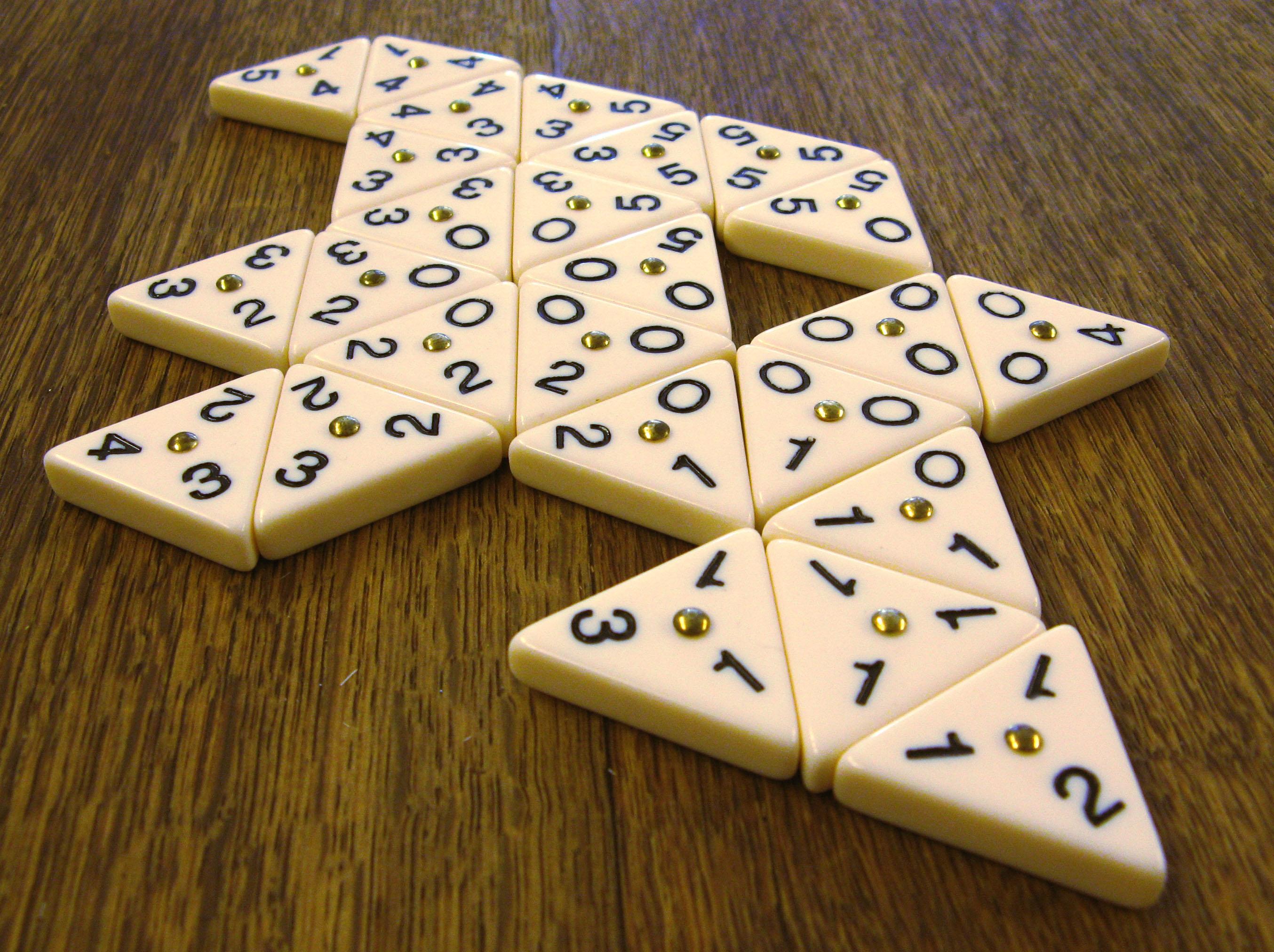spiel mit dreiecken