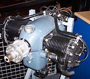 mesin Air-cooled 4-silinder boxer, karena dibangun selama puluhan ...