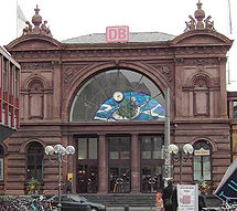 Bonn Hbf main entrance.jpg