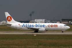 Boeing 737-400 der Atlas Blue