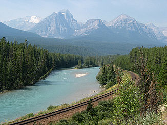 Der Bow River im Banff-Nationalpark