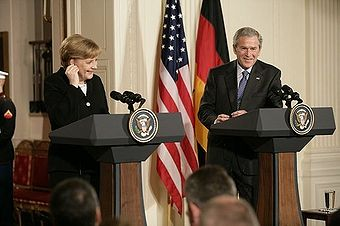 Angela Merkel und George W. Bush in Washington