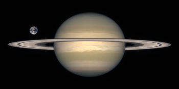 Saturn Earth Comparison2.png