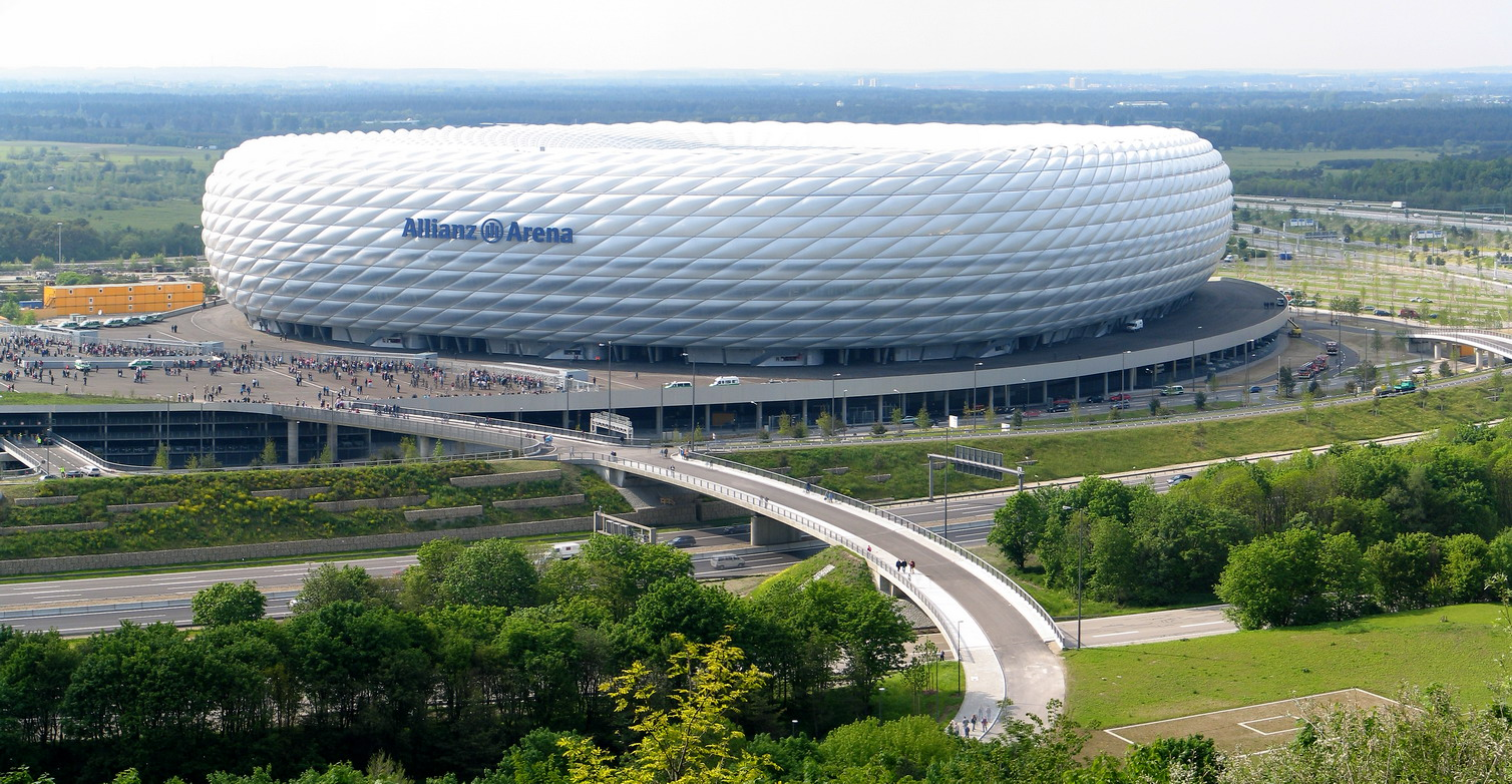 http://de.academic.ru/pictures/dewiki/65/Allianz_Arena_Pahu.jpg