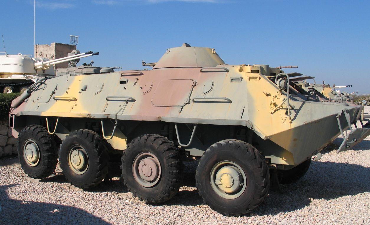 Recherche photos BTR-60 PB BTR-60-latrun-3