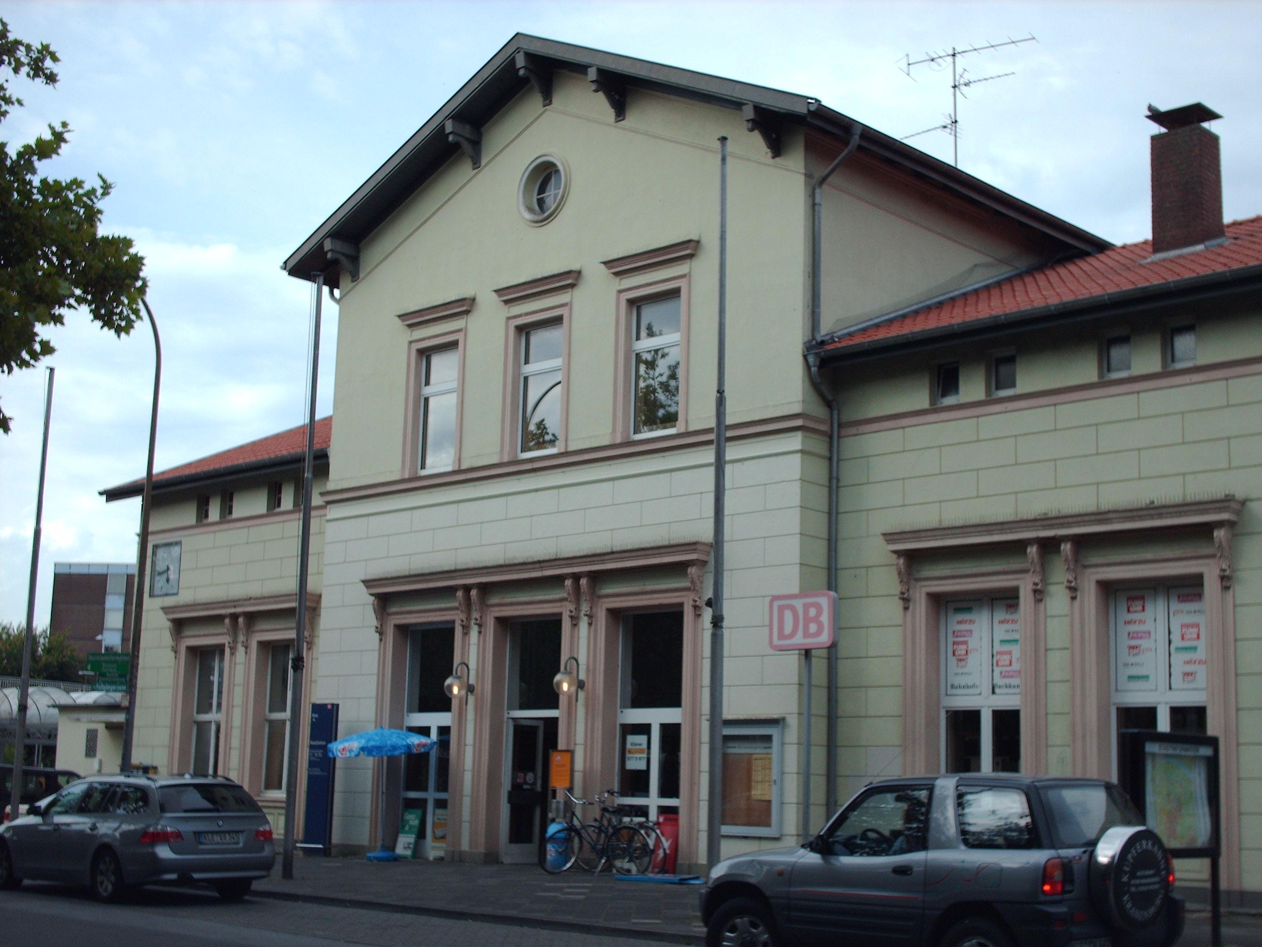 - Bahnhof_Kleve