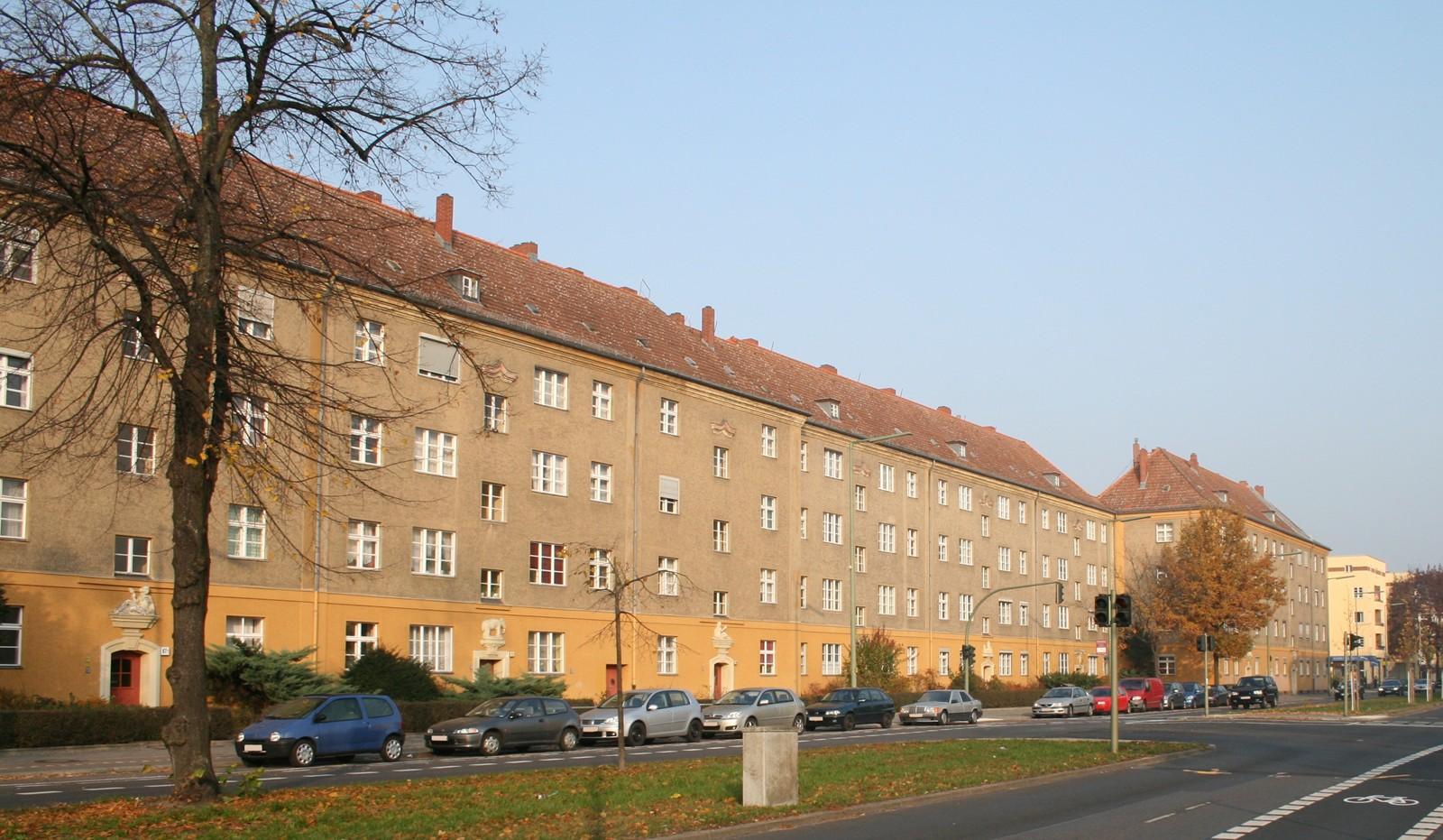 liste der kulturdenkmale in berlin hakenfelde. Black Bedroom Furniture Sets. Home Design Ideas