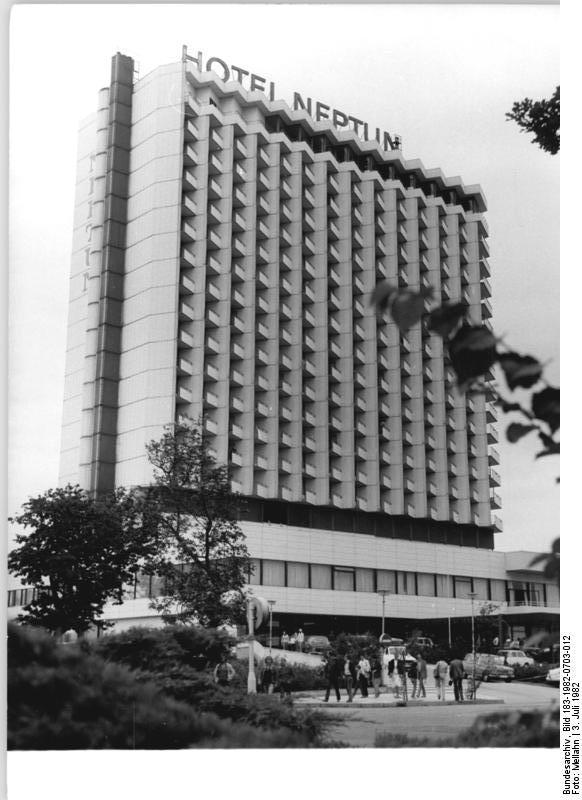 Hotel neptun for Hotel ostsee warnemunde