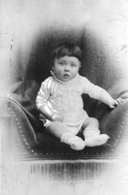 Adolf hitler als kleinkind