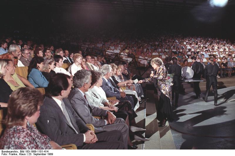 Helga hahnemann im kessel buntes 1989