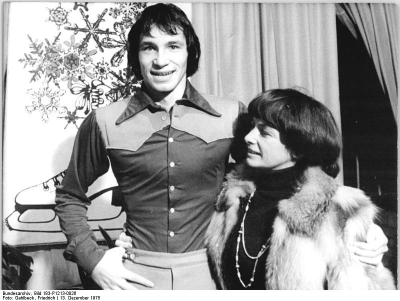 http://de.academic.ru/pictures/dewiki/66/Bundesarchiv_Bild_183-P1213-0026__Jan_Hoffmann__Jutta_Muller.jpg