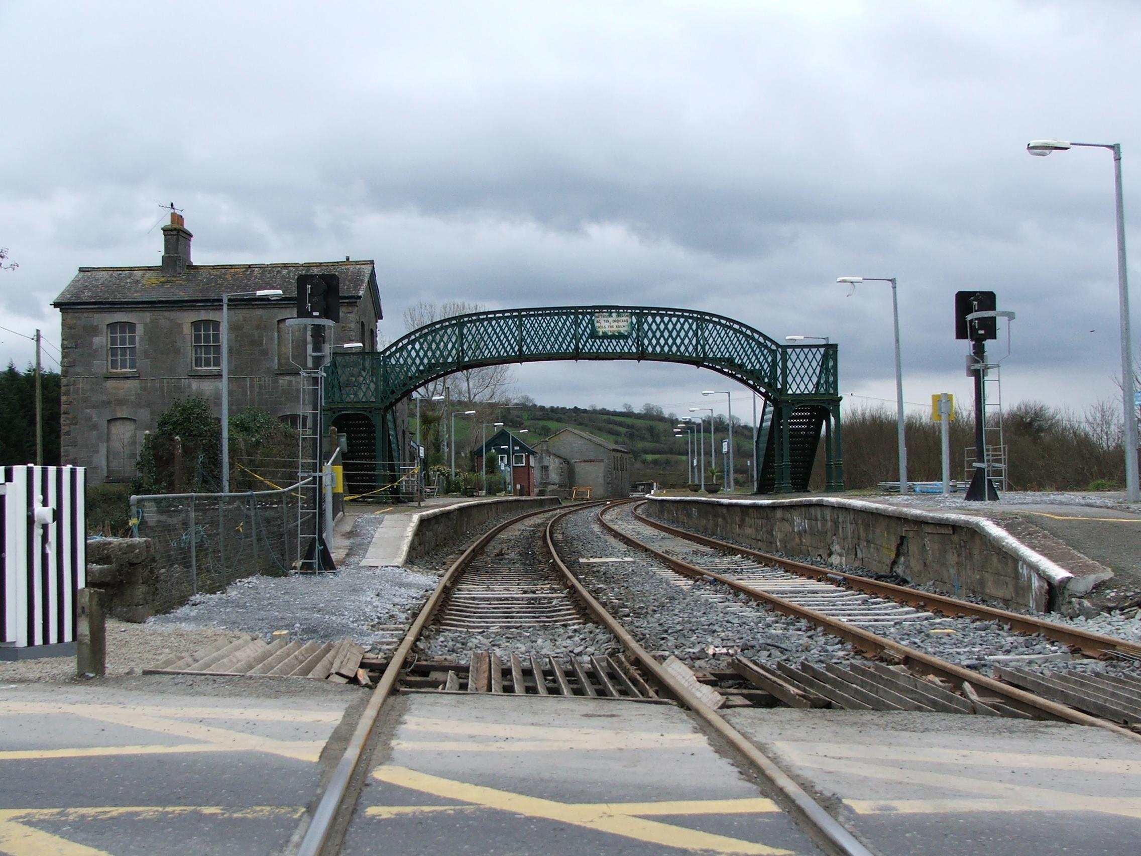 Lurgan Train Station Car Park