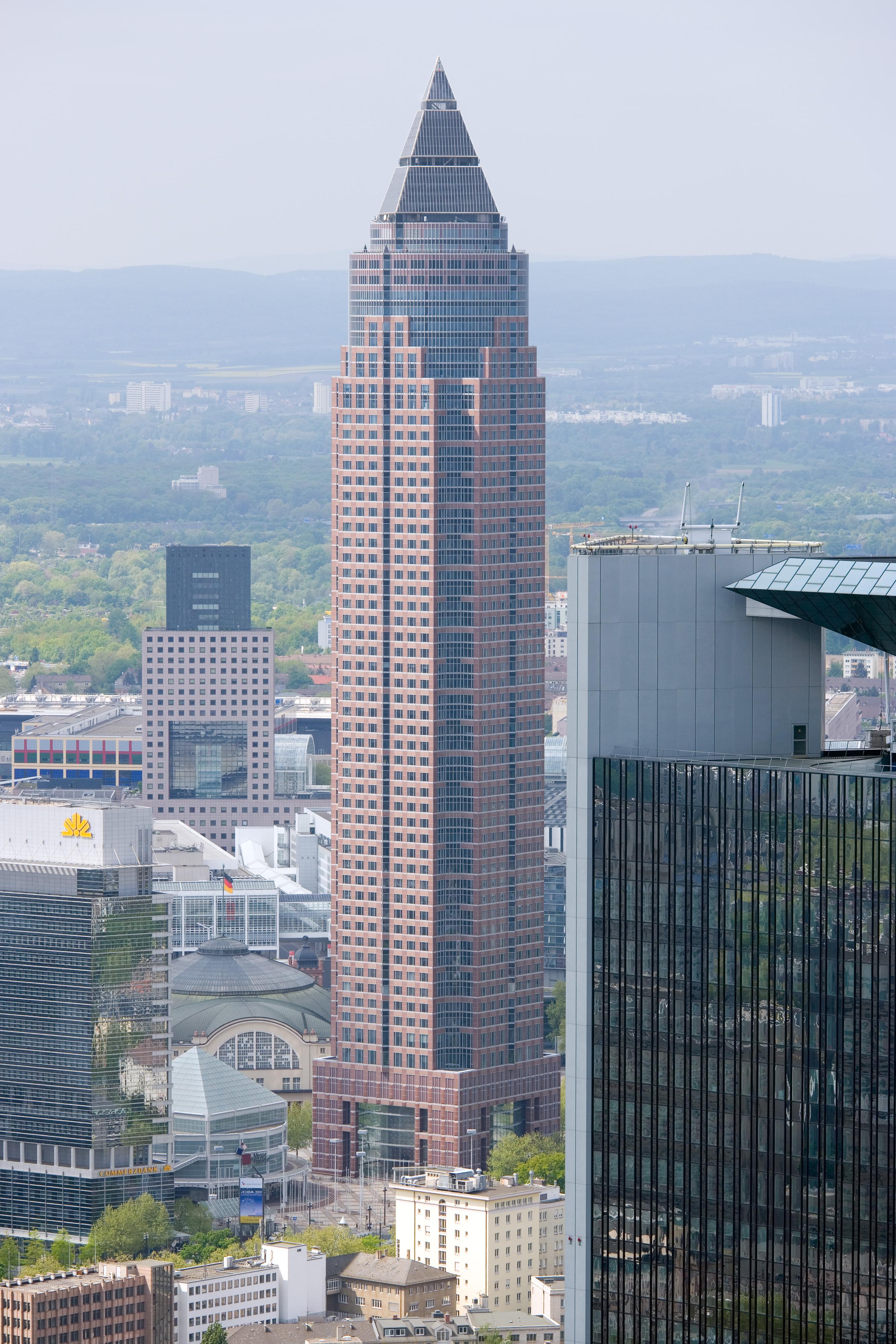 Stunden Building