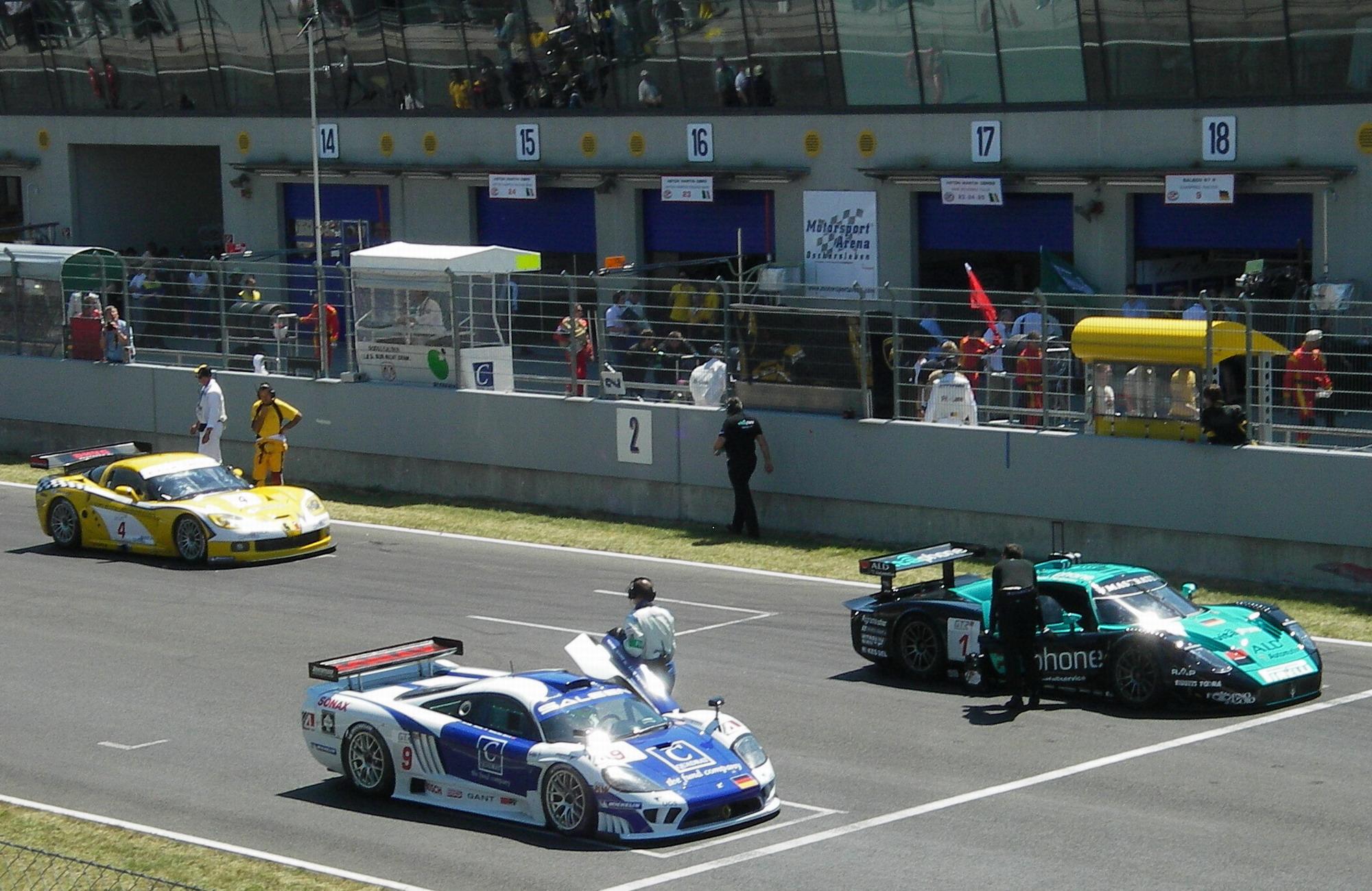 Startaufstellung GT1 in