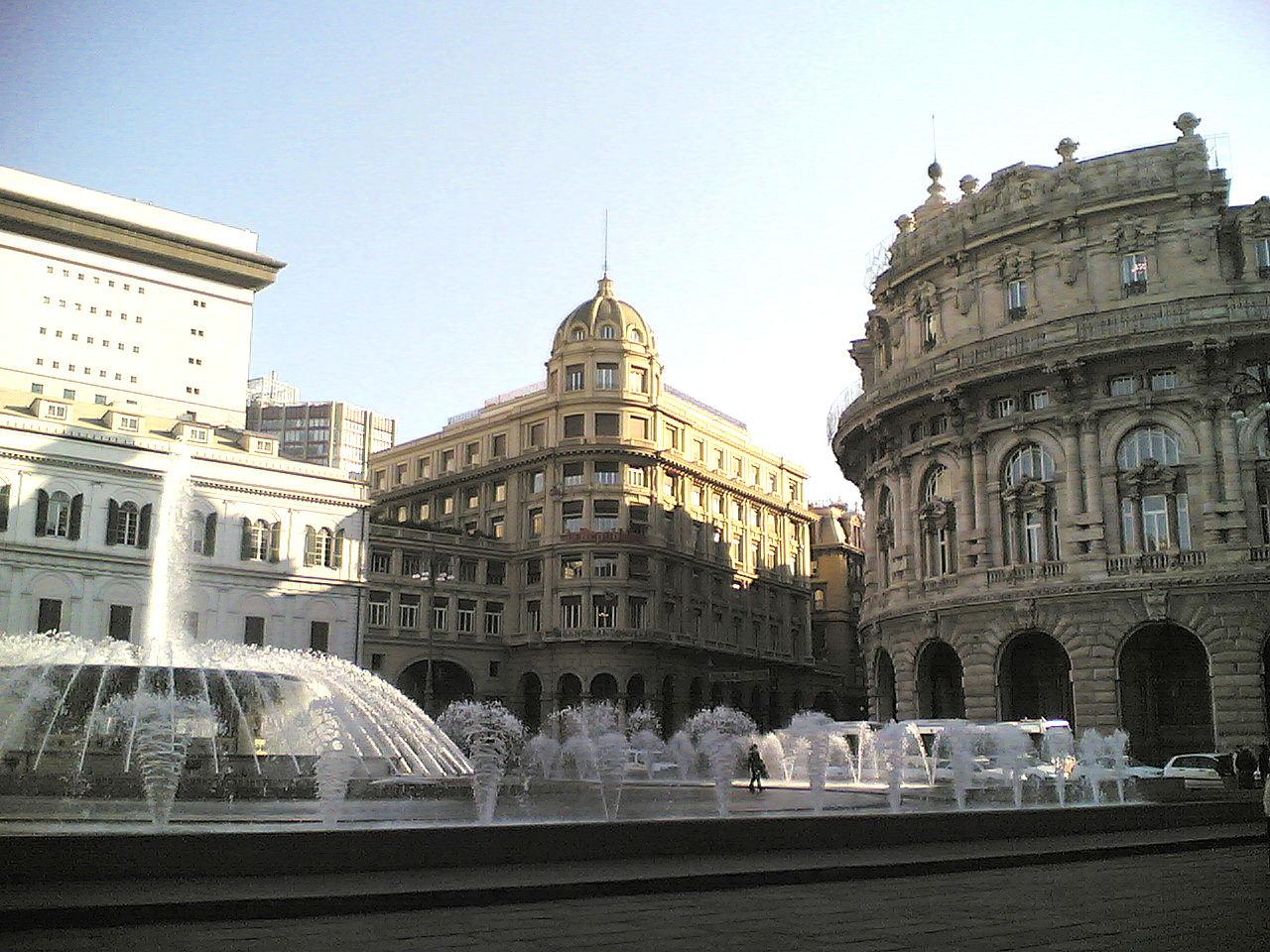Genova-Piazza_De_Ferrari-angolo.jpg