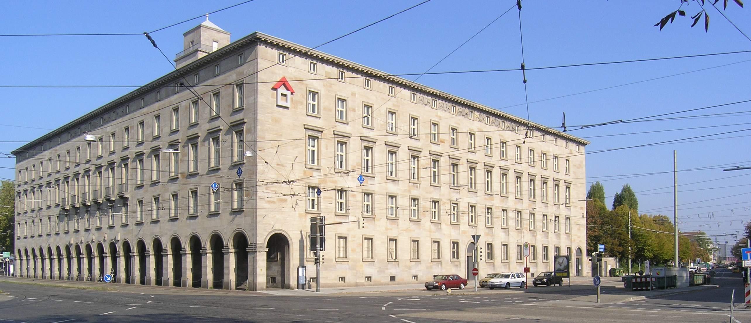 Nationalsozialistische architektur for Architektur ns zeit