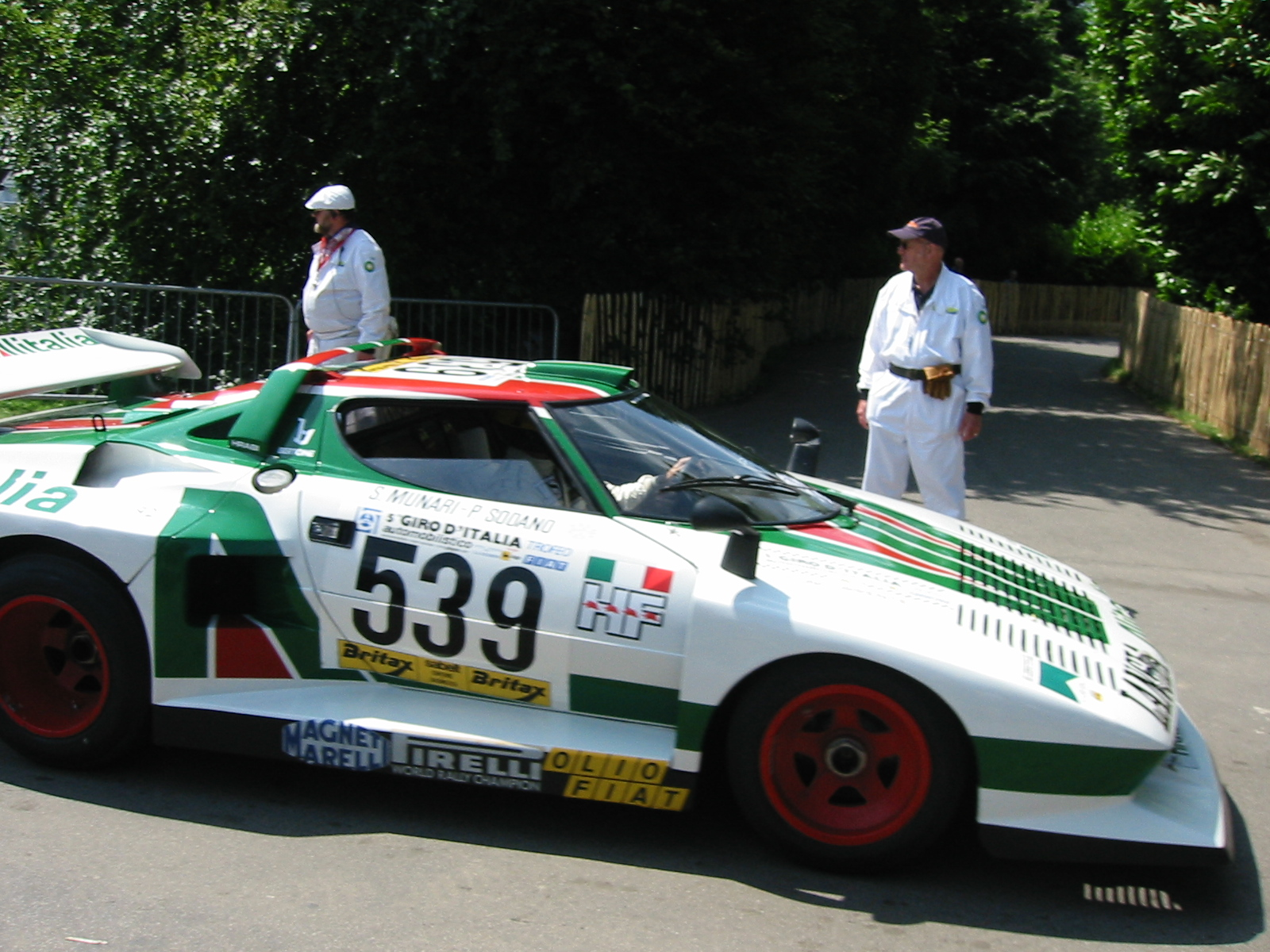 Lancia-stratos-hf-photo-gallery-racing-sports-cars