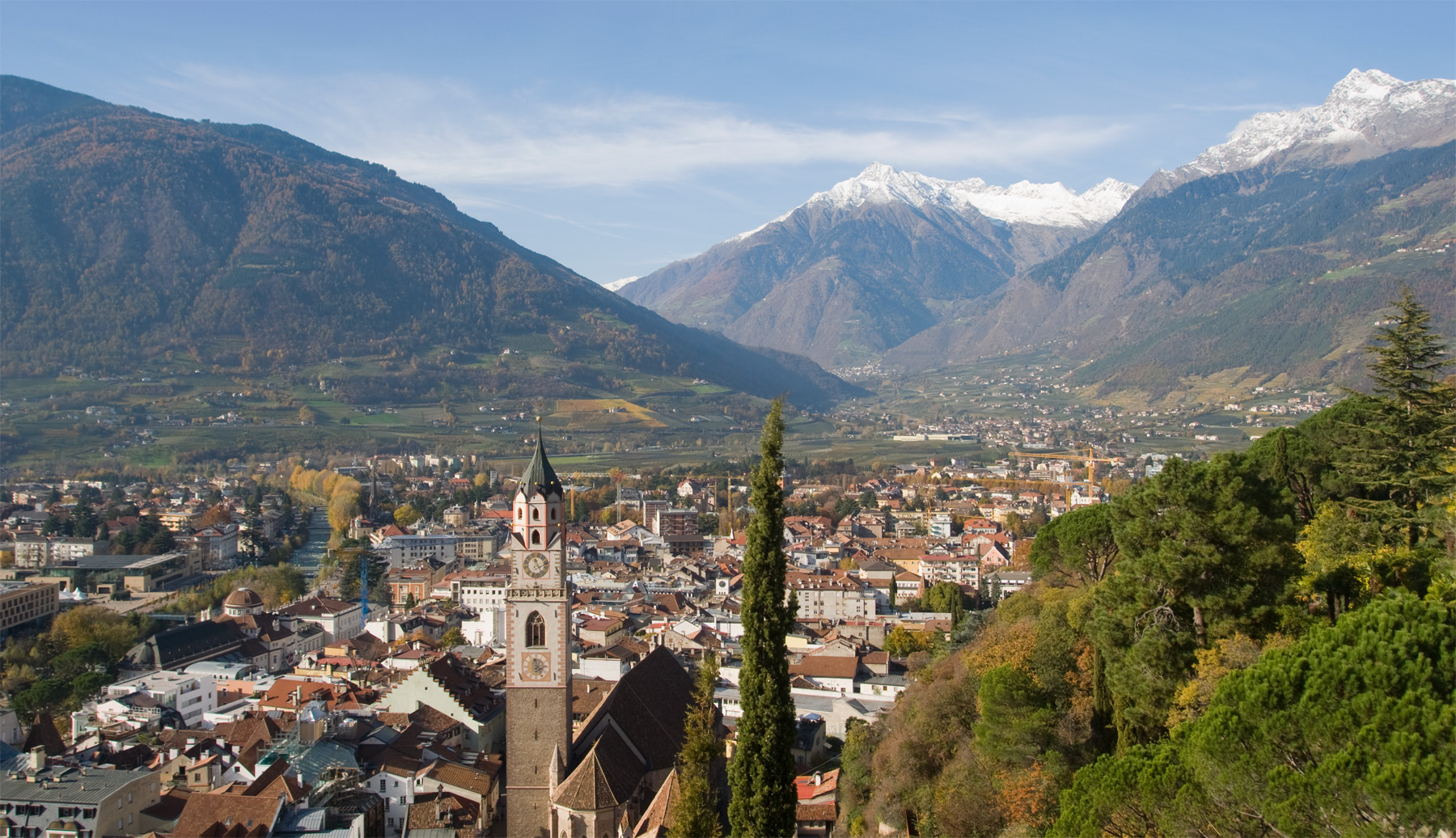 Meran Italy  city photos : Blick über die Stadt nach Nordwesten