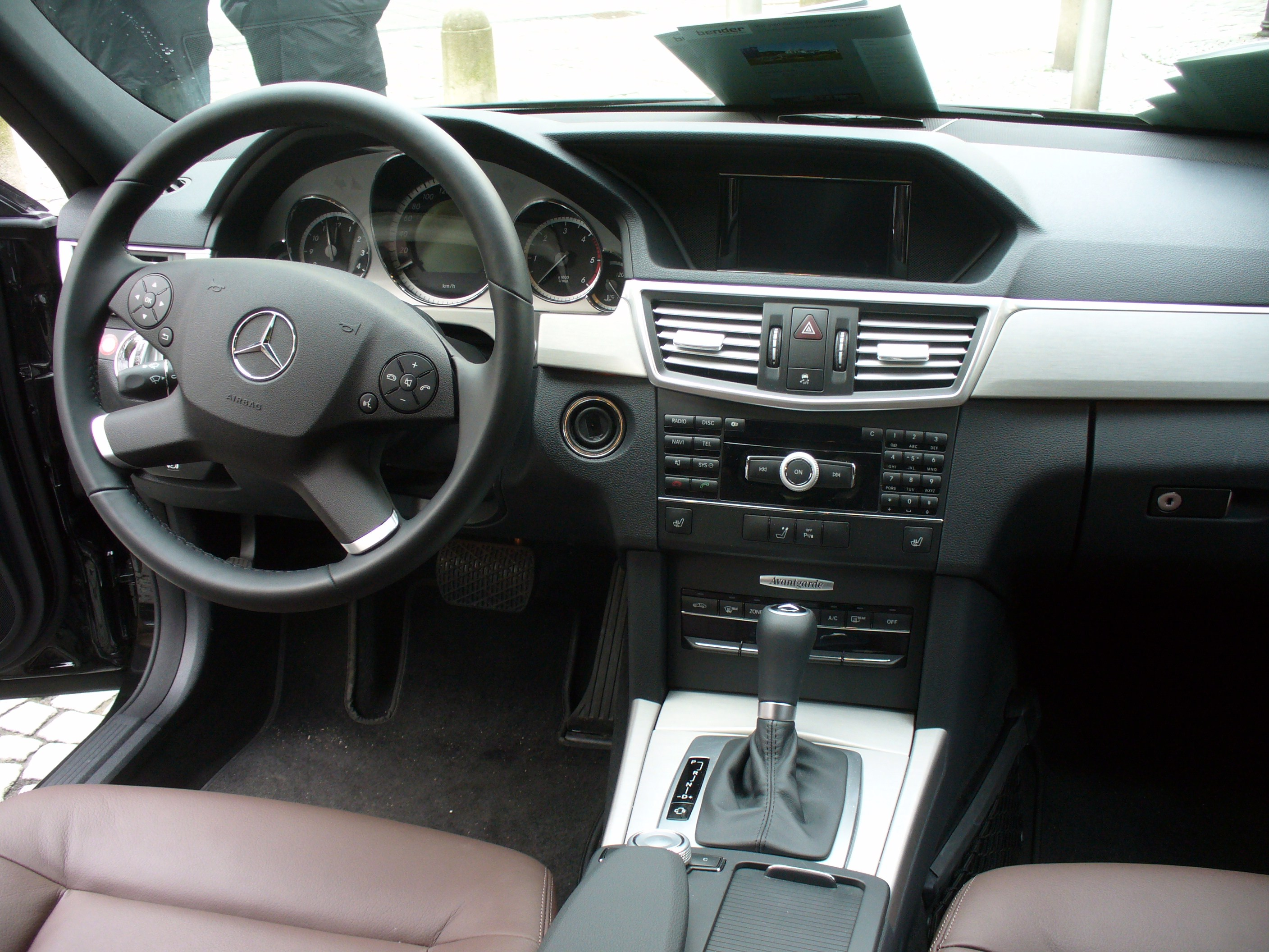 Mercedes benz w207 for Interieur e klasse