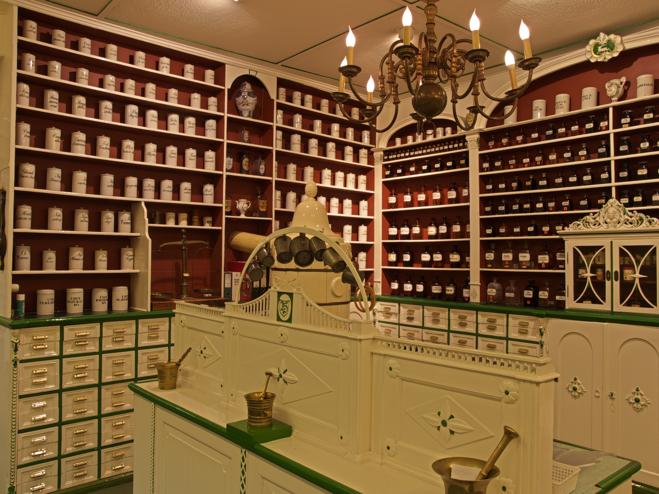 Inneneinrichtung Berlin hirsch apotheke goslar