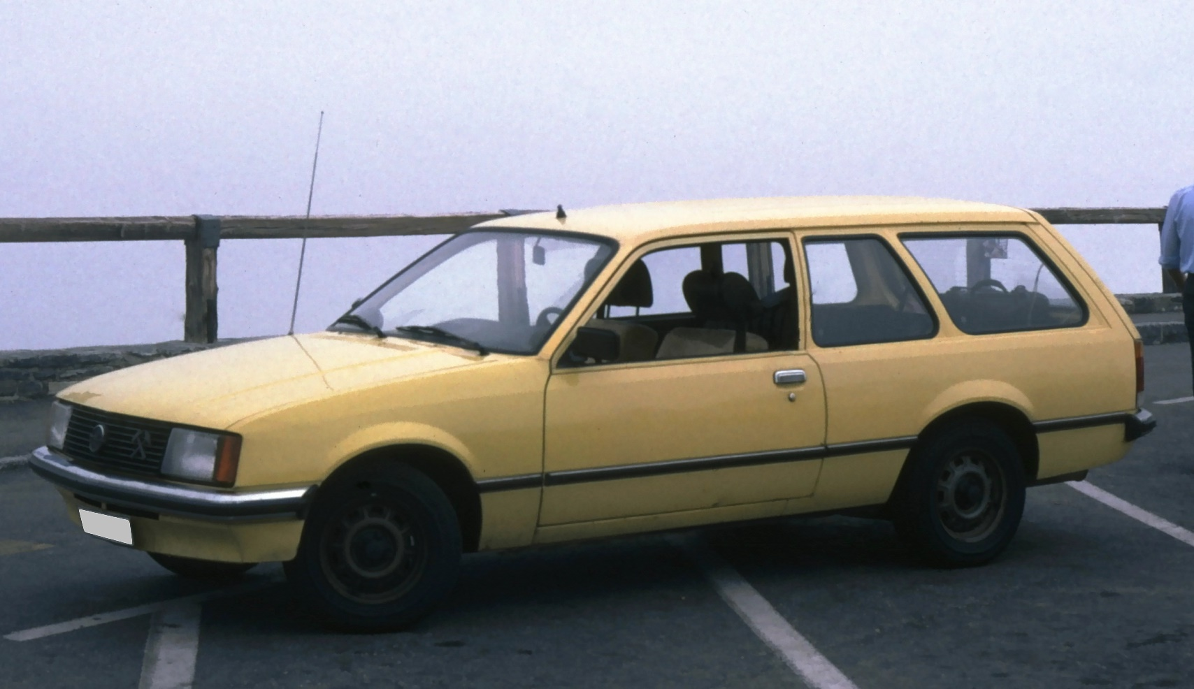 Opel Rekord E1 Caravan