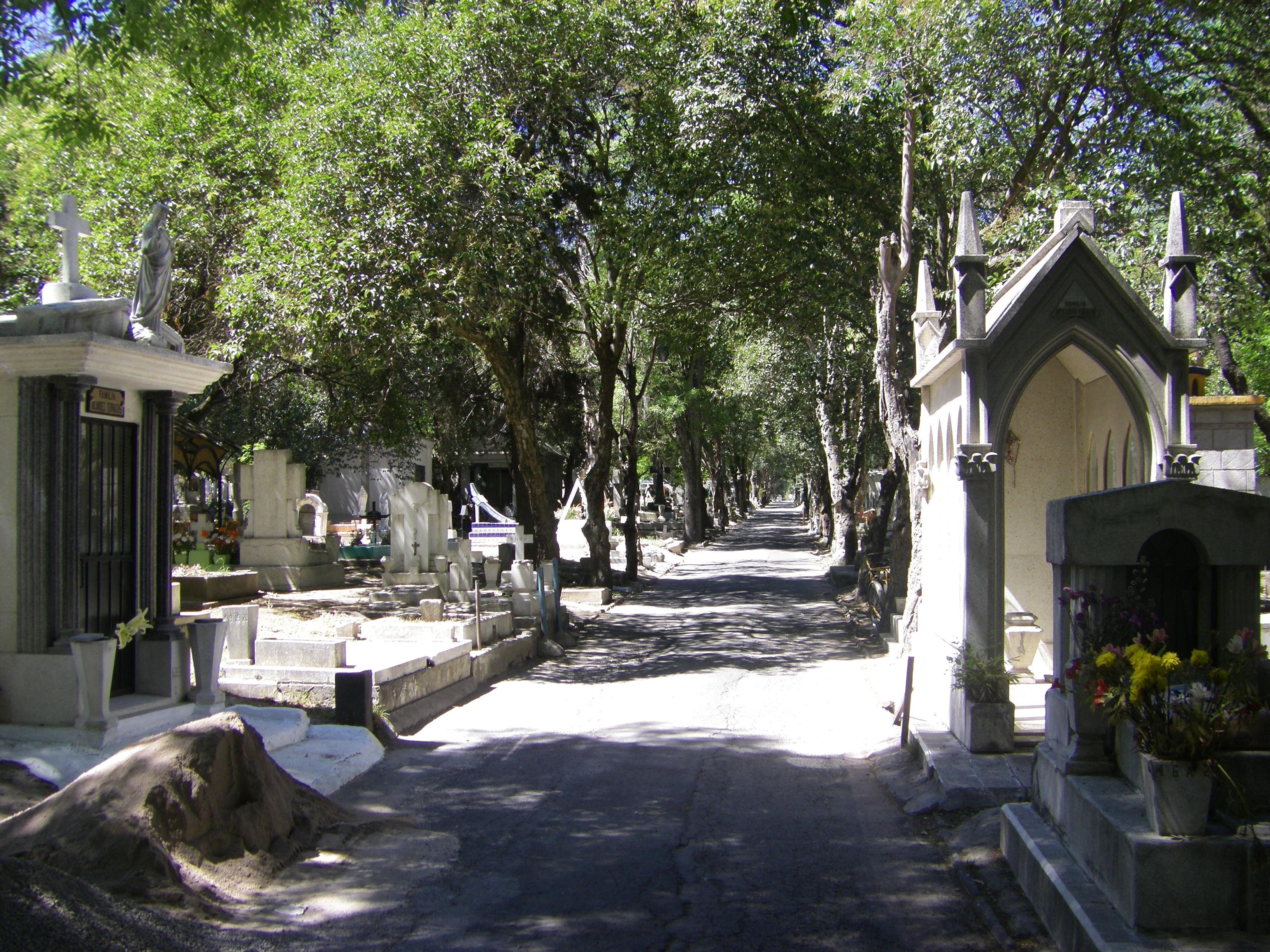 Chapultepec for Cementerio jardin del oeste
