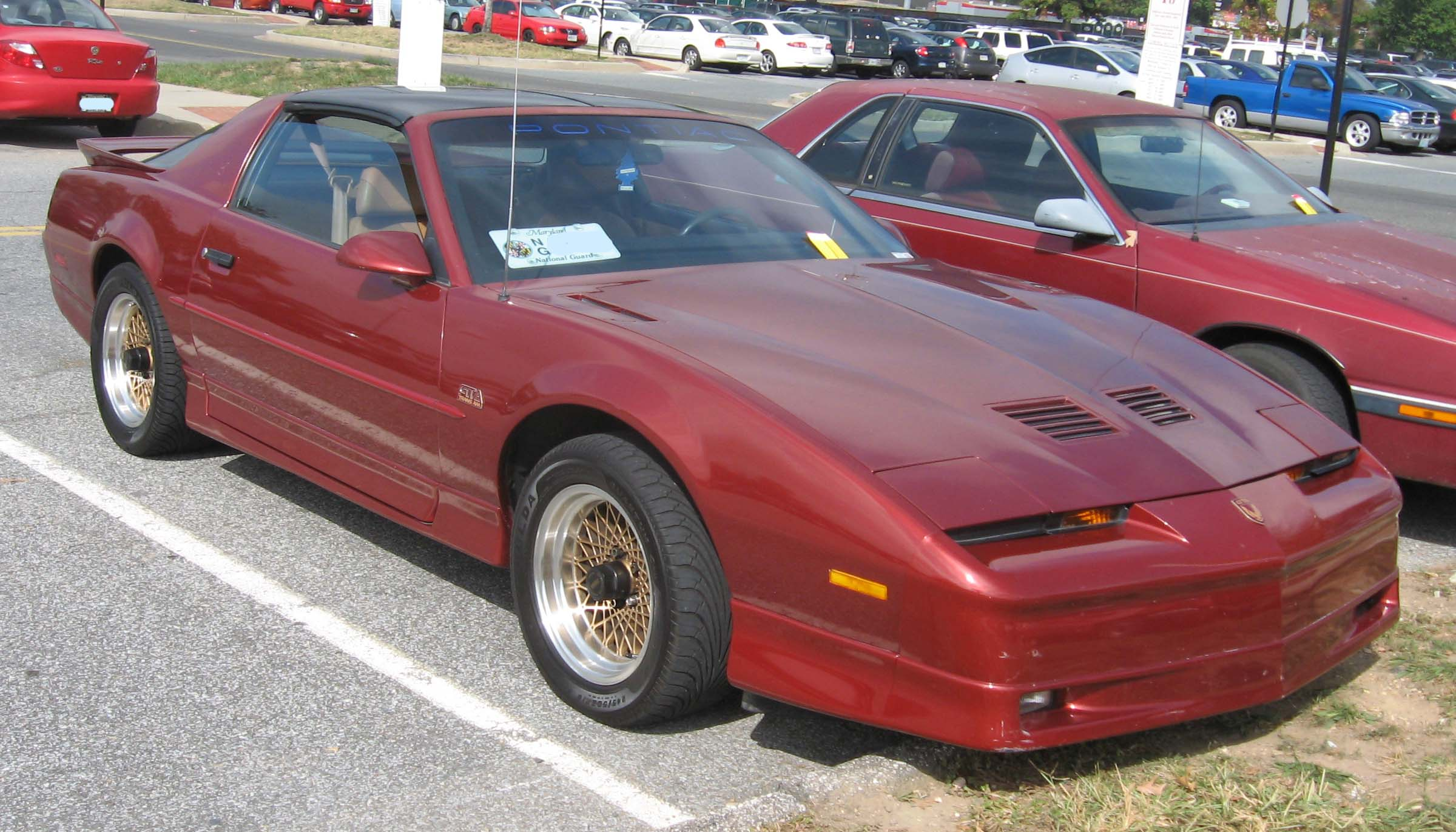 Pontiac : Firebird - Images