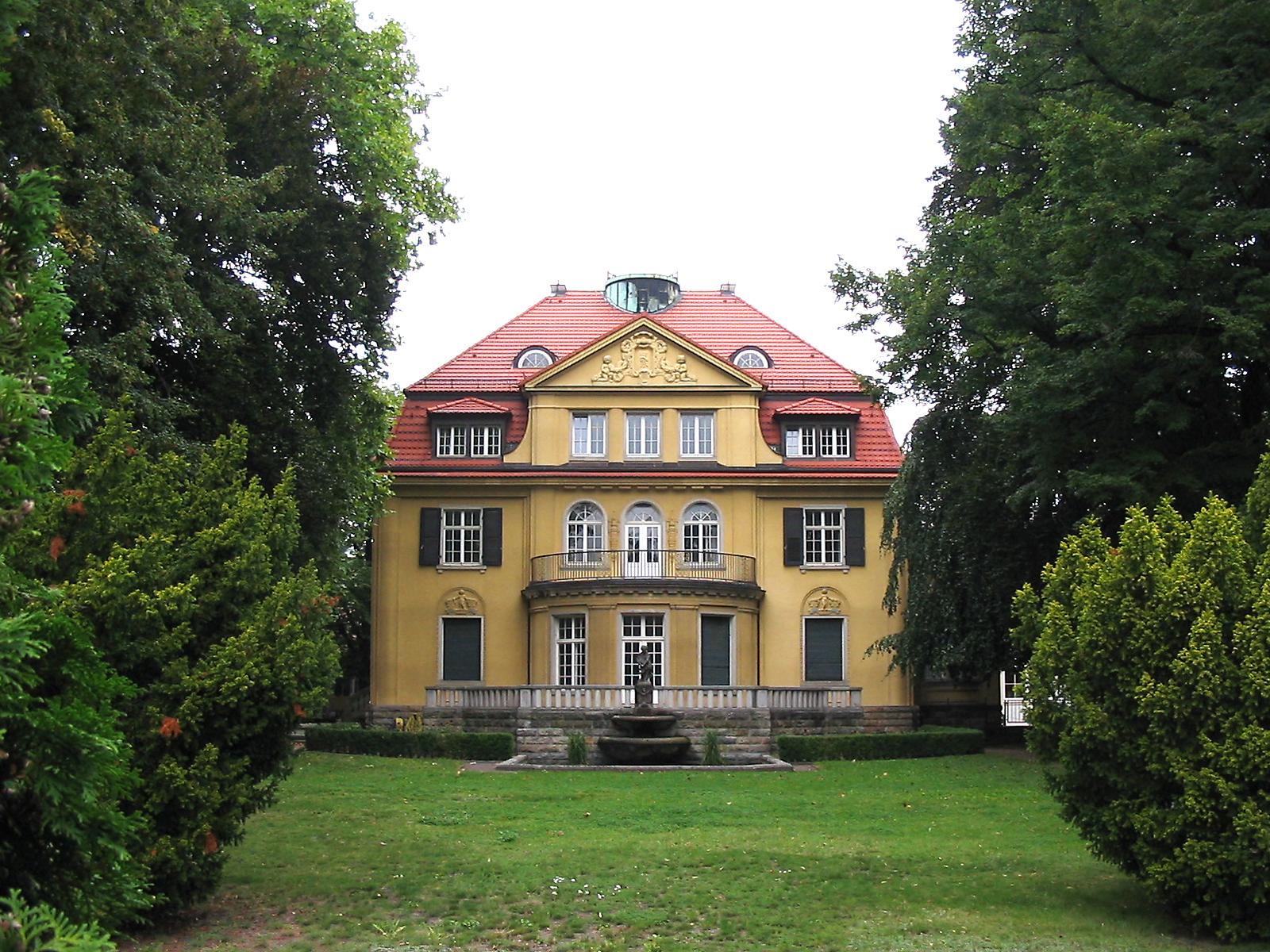 Liste der werke der landschafts und gartengestaltung in for Gartengestaltung villa