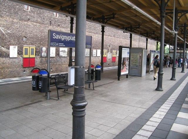 Bahnhof berlin savignyplatz for Habitare berlin savignyplatz