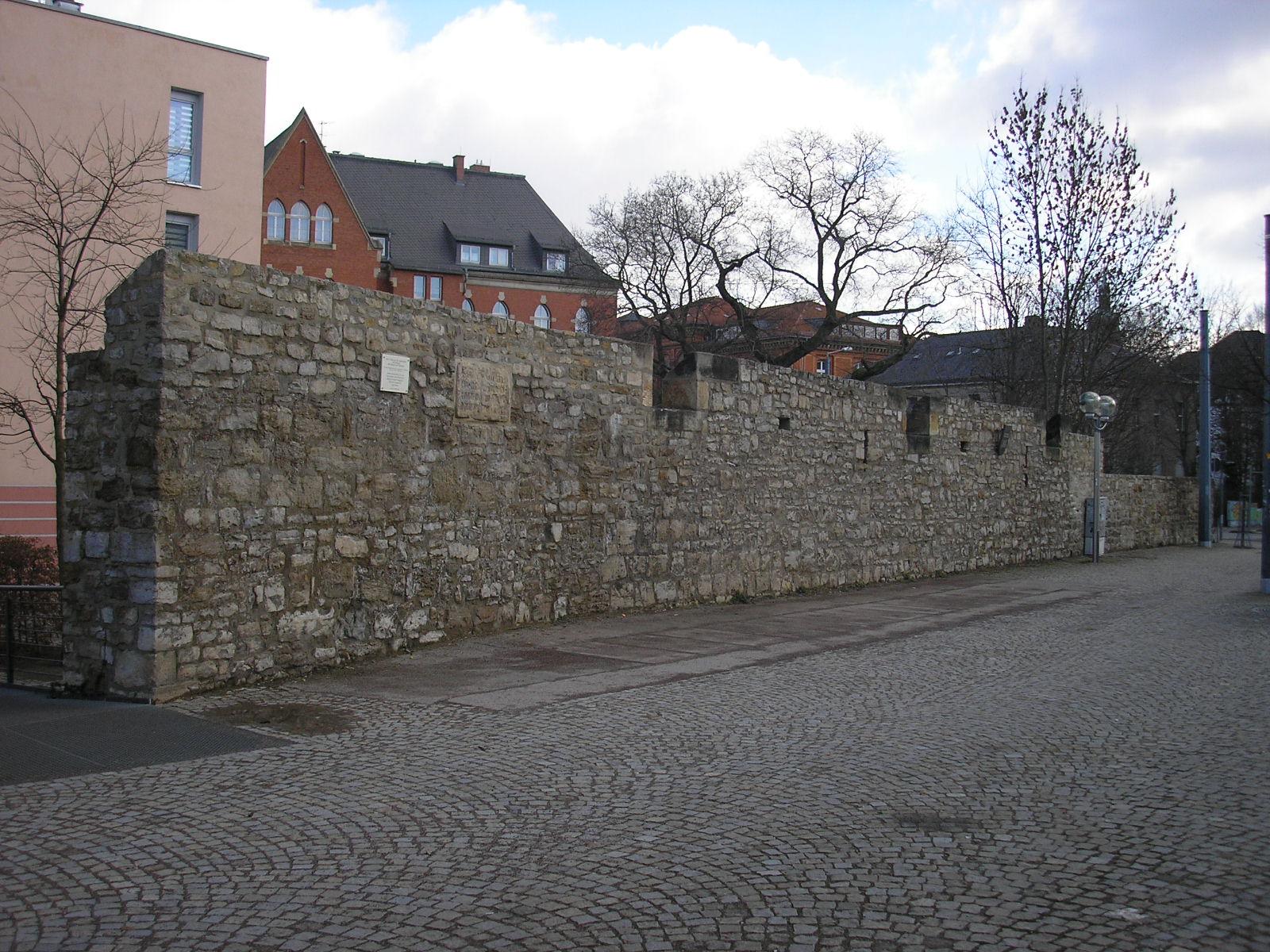 Erfurter stadtbefestigung for Garten in erfurt