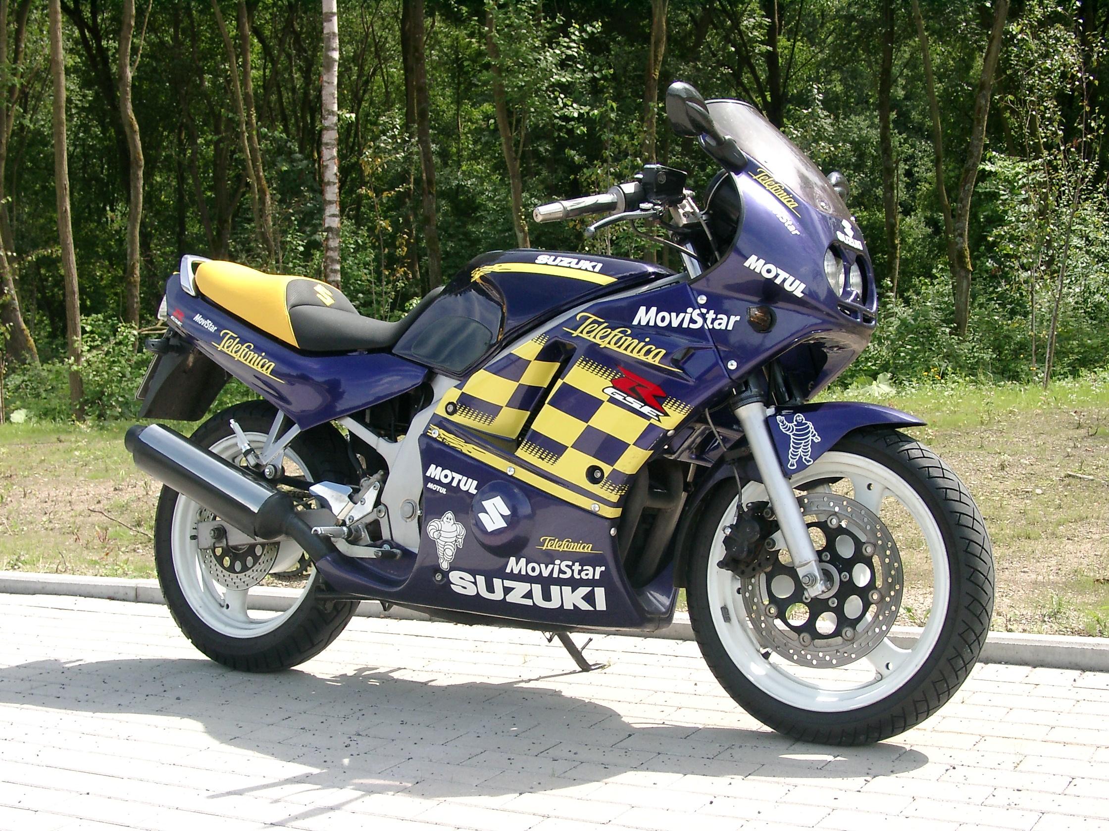Suzuki Gsstreet Fighter