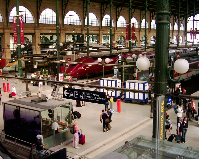how to go to disneyland paris from gare du nord