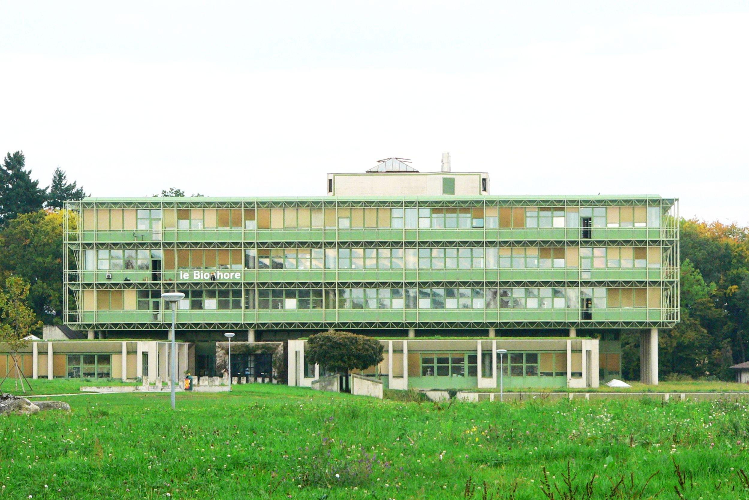 Le biophore gebäude der biologischen fakultät eröffnet 1983