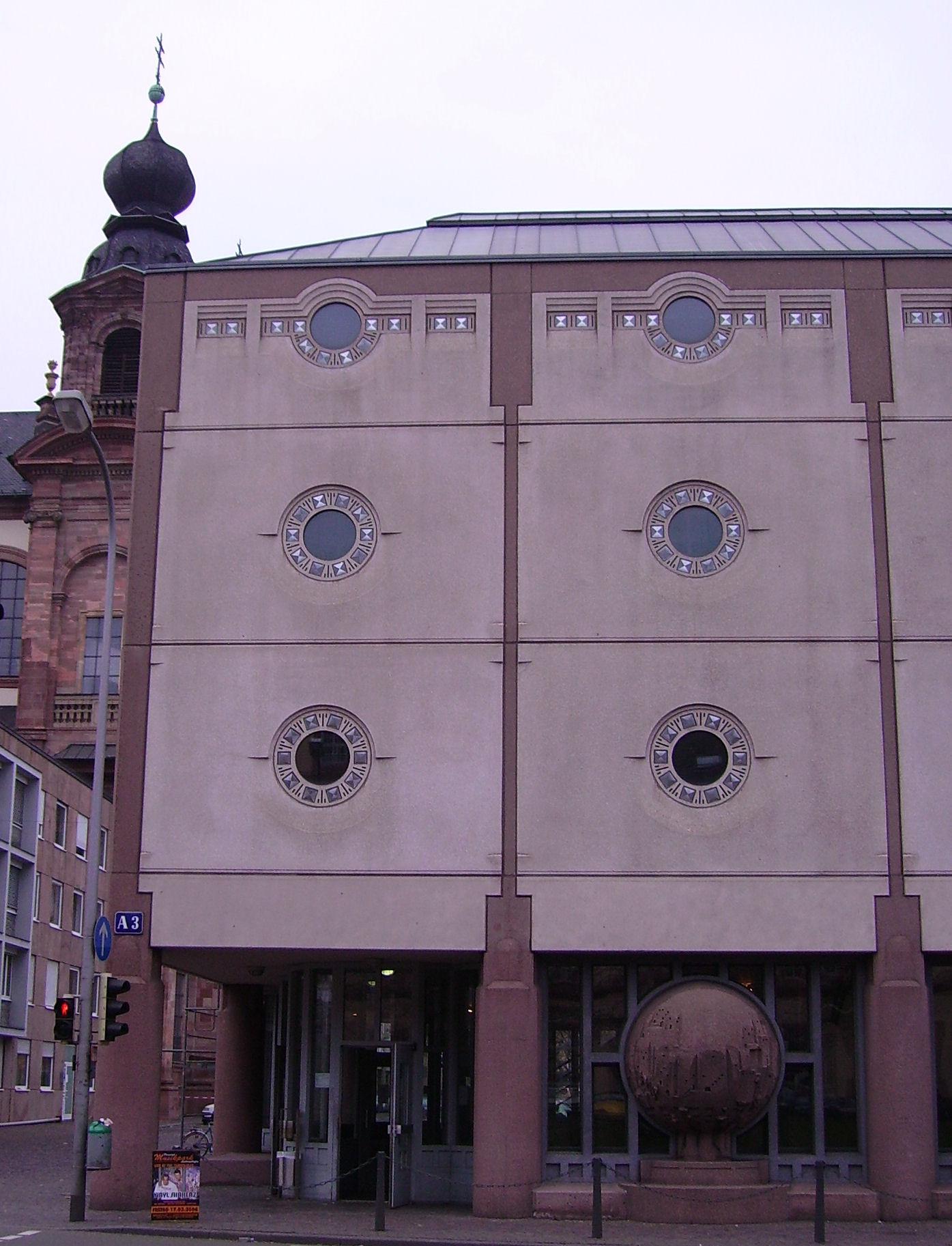Universität mannheim semester dates