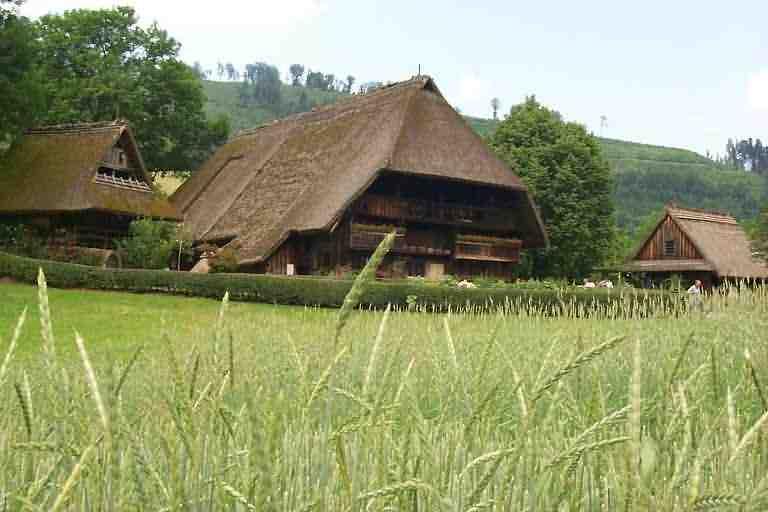 Schwarzwaldhaus for Traditionelles thai haus