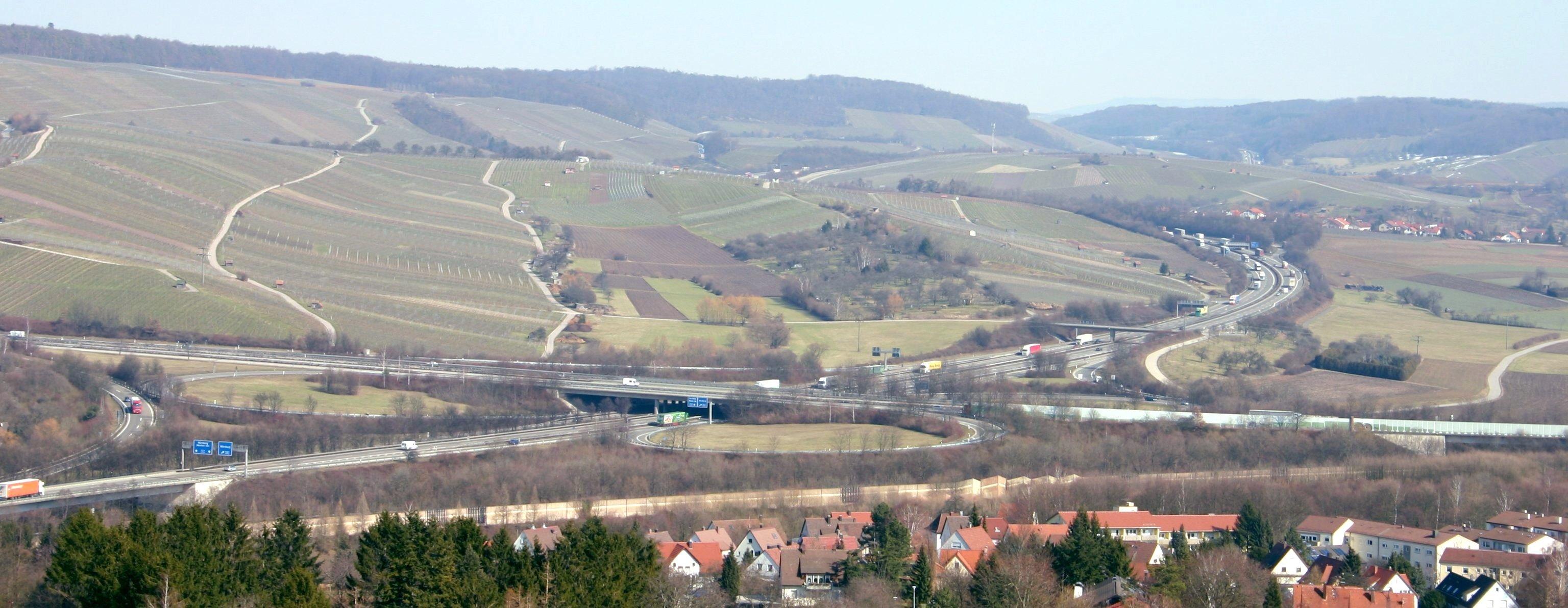Staumelder Weinsberger Kreuz